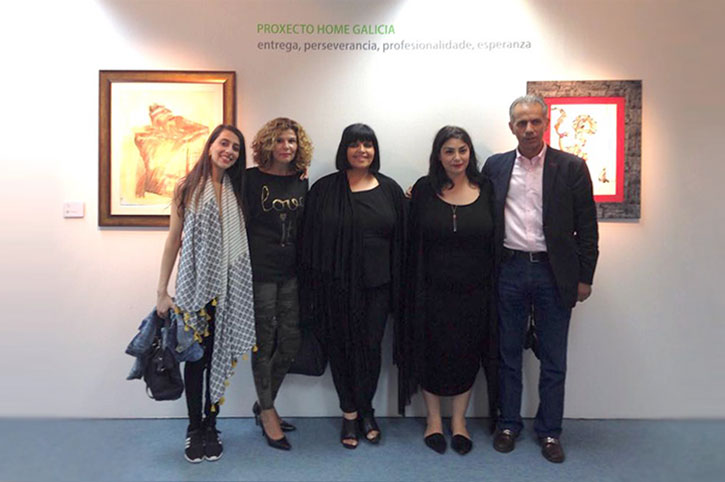 De derecha a Izquierda: Ramón González Crespo, Director de Proxecto Home Galicia, Monica Mura, Artista, Encarna Lago González, Comisaria Lugo, Isabel Patiño, Cofundadora de Tertulias Artisticas, y Mery Pais, Artista.